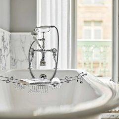 Отель Le Meurice ванная