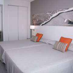 Отель Ohtels Playa de Oro Испания, Салоу - 7 отзывов об отеле, цены и фото номеров - забронировать отель Ohtels Playa de Oro онлайн комната для гостей фото 4