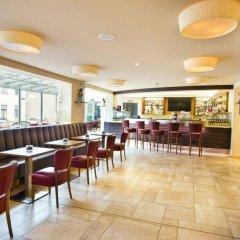Отель STRUDLHOF Вена гостиничный бар