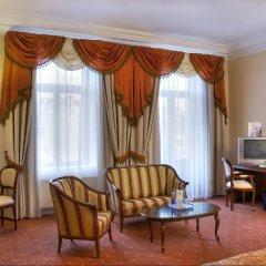 Гостиница Петро Палас комната для гостей фото 3