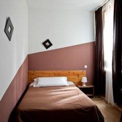 Отель Hostal Abaaly Испания, Мадрид - 4 отзыва об отеле, цены и фото номеров - забронировать отель Hostal Abaaly онлайн комната для гостей фото 2