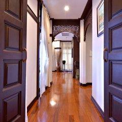 Отель Wora Bura Hua Hin Resort and Spa интерьер отеля