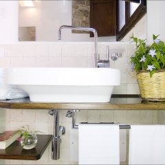Отель Corte Altavilla Relais & Charme Конверсано ванная