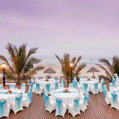 Отель Centara Sandy Beach Resort Danang фото 2
