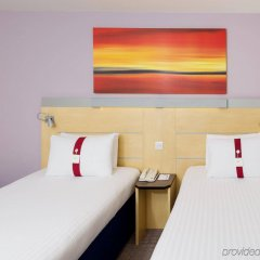 Отель Holiday Inn Express London Stansted комната для гостей фото 2