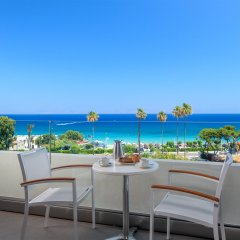Olympic Palace Resort Hotel & Convention Center пляж фото 2