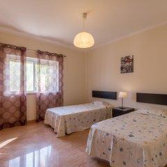 Отель Villas2Go2 Alvor Villa Португалия, Портимао - отзывы, цены и фото номеров - забронировать отель Villas2Go2 Alvor Villa онлайн комната для гостей фото 4