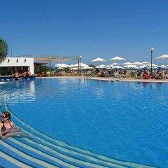 Отель Atlantica Sea Breeze Кипр, Протарас - отзывы, цены и фото номеров - забронировать отель Atlantica Sea Breeze онлайн бассейн фото 3