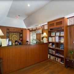 Отель Baan Krating Phuket Resort интерьер отеля