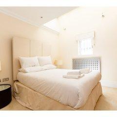 Отель Rare and Gorgeous Hyde Park Mews House Sleeps 8 Великобритания, Лондон - отзывы, цены и фото номеров - забронировать отель Rare and Gorgeous Hyde Park Mews House Sleeps 8 онлайн комната для гостей фото 2