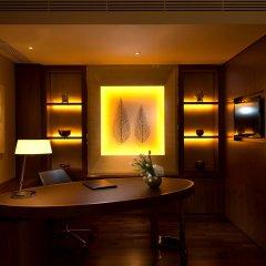 Отель Conrad Seoul Южная Корея, Сеул - 1 отзыв об отеле, цены и фото номеров - забронировать отель Conrad Seoul онлайн удобства в номере