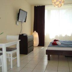 Отель Bermuda Triangle B&B Германия, Кёльн - отзывы, цены и фото номеров - забронировать отель Bermuda Triangle B&B онлайн комната для гостей фото 5