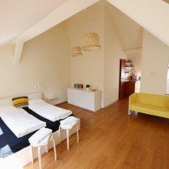 Апартаменты Dfive Apartments - Aranykez сейф в номере