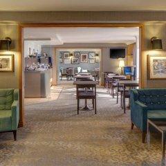 Hilton Birmingham Metropole Hotel гостиничный бар
