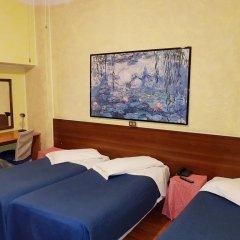 Отель La Pace Италия, Милан - отзывы, цены и фото номеров - забронировать отель La Pace онлайн комната для гостей фото 2