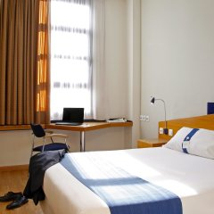 Отель Holiday Inn Express Ciudad de las Ciencias Испания, Валенсия - 1 отзыв об отеле, цены и фото номеров - забронировать отель Holiday Inn Express Ciudad de las Ciencias онлайн комната для гостей фото 4