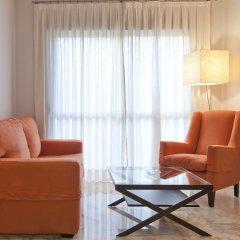 Отель Apartamentos Vértice Bib Rambla Испания, Севилья - отзывы, цены и фото номеров - забронировать отель Apartamentos Vértice Bib Rambla онлайн комната для гостей фото 2