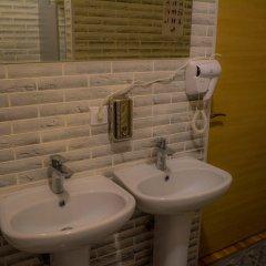 Гостиница Expo Hostel Казахстан, Нур-Султан - отзывы, цены и фото номеров - забронировать гостиницу Expo Hostel онлайн ванная