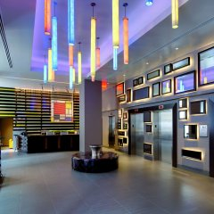 Отель Hilton New York Fashion District США, Нью-Йорк - отзывы, цены и фото номеров - забронировать отель Hilton New York Fashion District онлайн интерьер отеля