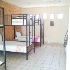 Отель Hostel Hostalife Мексика, Гвадалахара - отзывы, цены и фото номеров - забронировать отель Hostel Hostalife онлайн фитнесс-зал фото 2