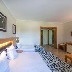 Отель Crystal Flora Beach Resort – All Inclusive комната для гостей фото 3