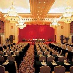 Royal Mediterranean Hotel фото 2