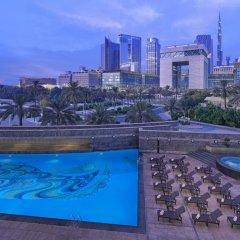 Отель Jumeirah Emirates Towers бассейн фото 3