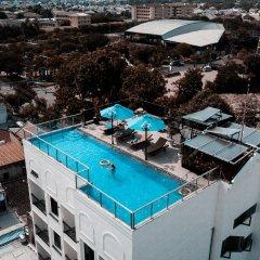 Uptown Hotel бассейн фото 2