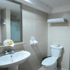 Hotel Maria del Carmen ванная