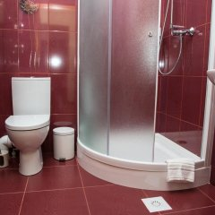 12 Месяцев Мини-отель Одесса ванная фото 2