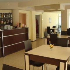 Отель Astra Болгария, Равда - отзывы, цены и фото номеров - забронировать отель Astra онлайн питание фото 2