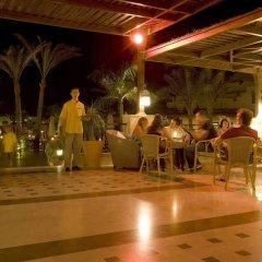 Отель Jaz Makadi Star & Spa гостиничный бар