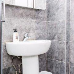 Отель 1 Bedroom Apartment Close to Museums in South Kensington Великобритания, Лондон - отзывы, цены и фото номеров - забронировать отель 1 Bedroom Apartment Close to Museums in South Kensington онлайн ванная