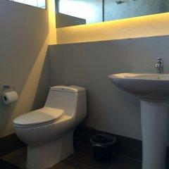 Отель Kama Bangkok Таиланд, Бангкок - отзывы, цены и фото номеров - забронировать отель Kama Bangkok онлайн ванная фото 2