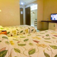 Отель The Pearl Manila Hotel Филиппины, Манила - отзывы, цены и фото номеров - забронировать отель The Pearl Manila Hotel онлайн удобства в номере фото 2