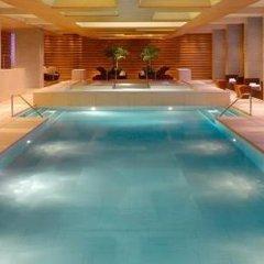 Отель Grand Hyatt Guangzhou Гуанчжоу бассейн фото 2