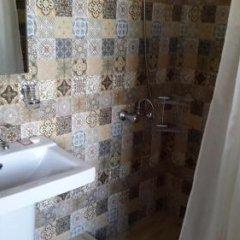 Отель Lavash Hotel Армения, Севан - отзывы, цены и фото номеров - забронировать отель Lavash Hotel онлайн ванная фото 2