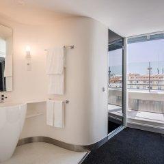 Отель Room Mate Óscar ванная фото 5