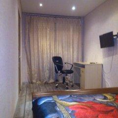 Гостиница на Буркова в Мурманске 1 отзыв об отеле, цены и фото номеров - забронировать гостиницу на Буркова онлайн Мурманск комната для гостей фото 2