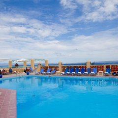 Отель Daphne Holiday Club Греция, Халкидики - 1 отзыв об отеле, цены и фото номеров - забронировать отель Daphne Holiday Club онлайн бассейн