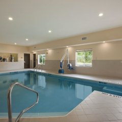Отель Quality Inn & Suites Glenmont - Albany South бассейн фото 3