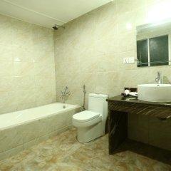 Отель Woodland Kathmandu Непал, Катманду - отзывы, цены и фото номеров - забронировать отель Woodland Kathmandu онлайн ванная