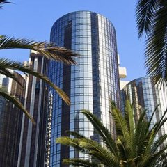 The Westin Bonaventure Hotel & Suites пляж