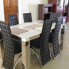 Отель Malbert Inn Guest House Гана, Аккра - отзывы, цены и фото номеров - забронировать отель Malbert Inn Guest House онлайн питание