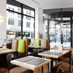 Отель NH Brussels Louise гостиничный бар
