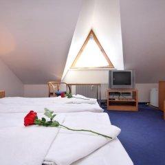 Отель Claris комната для гостей фото 5