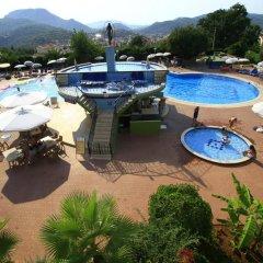 Destina Hotel бассейн