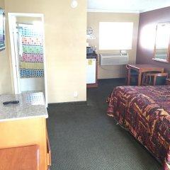 Отель Bevonshire Lodge Motel США, Лос-Анджелес - 1 отзыв об отеле, цены и фото номеров - забронировать отель Bevonshire Lodge Motel онлайн удобства в номере фото 2