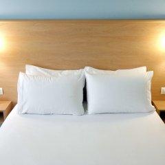 Отель Travelodge Madrid Torrelaguna комната для гостей фото 4