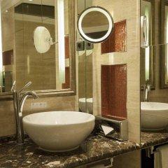 Отель Hilton Prague ванная фото 2